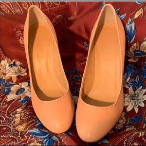 Jcrew all leather pumps size 8
